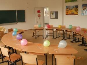 Școlile din comuna Dumbrăvița, Maramureș sunt dotate cu mobilier nou